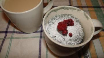 malinový hrnčekový koláč