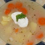fazuľová polievka so zemiakmi