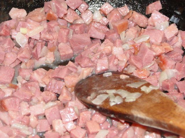 knedle zo zemiakov s údeným mäsom