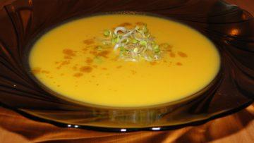 ázijská polievka so zázvorom
