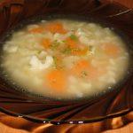 polévka z květáku