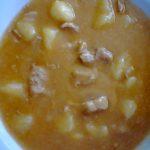 bravčový guláš so zemiakmi