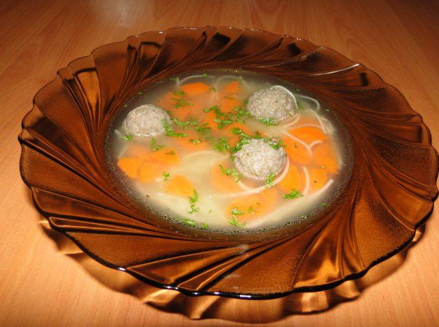 nedeľná polievka