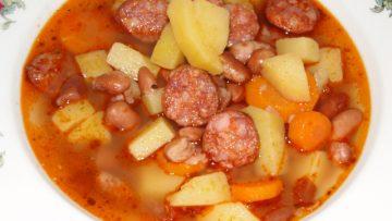 strukovinová polievka