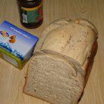 zdravý chlieb s chia semienkami