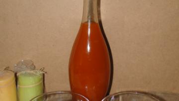 likér z marhúľ