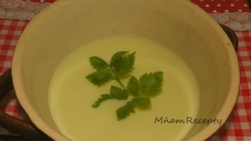 špargľová polievka