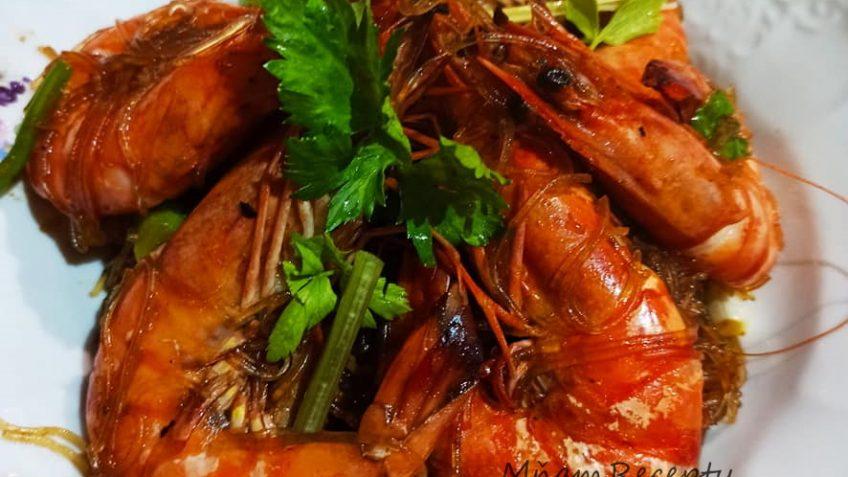 krevety s ryžovými cestovinami