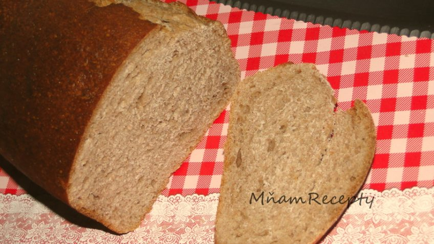 celozrnný chlieb
