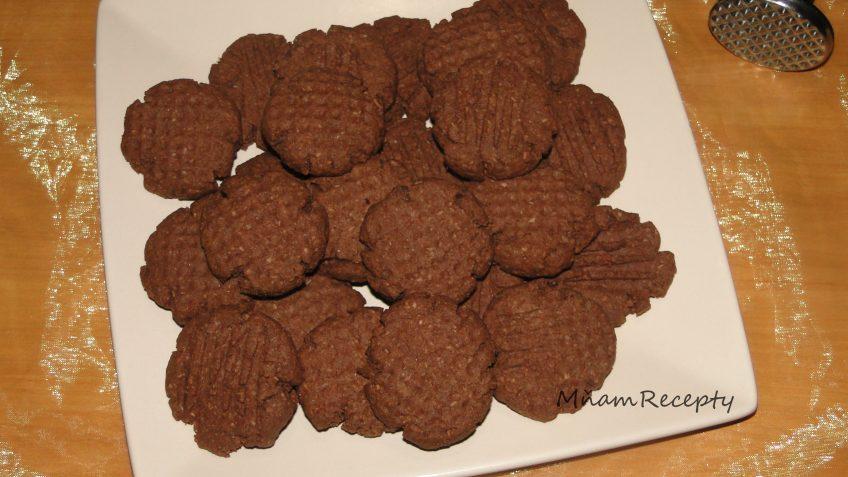 celozrnné cookies